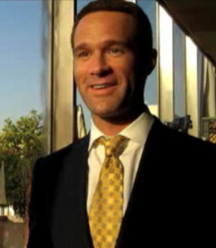 File:ChrisDiamantopoulos.jpg