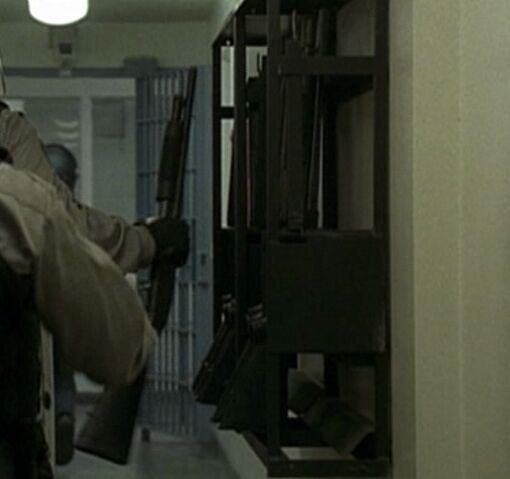 File:3x04 shotguns.jpg