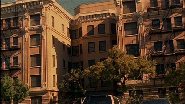 File:3x18 Saunders building.jpg