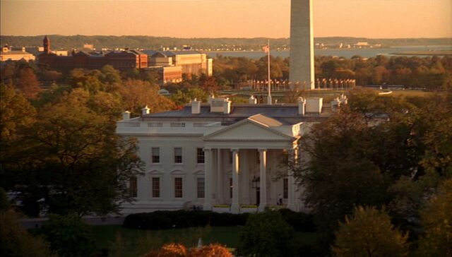 File:6x01 White House.jpg