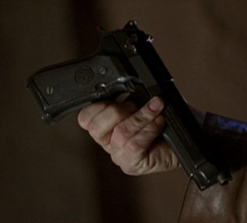 File:3x11 Beretta.jpg