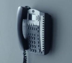 File:9x04 Tanner phone.jpg