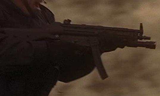 File:1x13 MP5 2.jpg