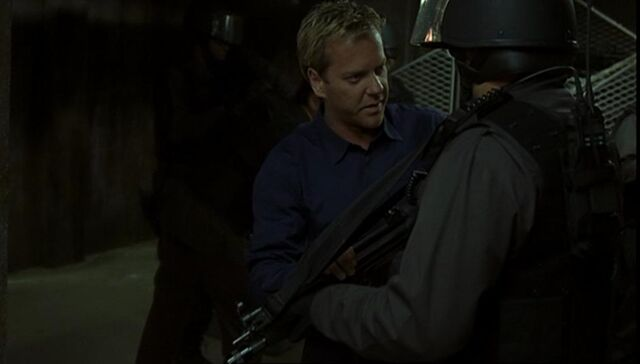 File:Jack with mp5.jpg