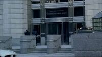 7x01 FBI office