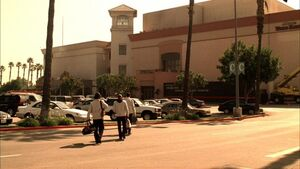 5x08-sunrise-hills-mall
