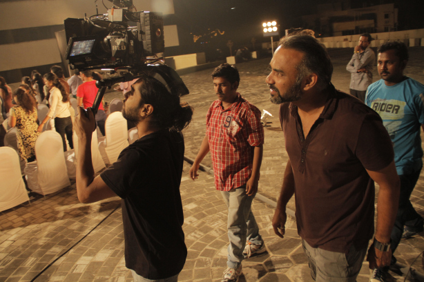 File:24 India director Abhinday Deo directing the DPs on-set.jpg