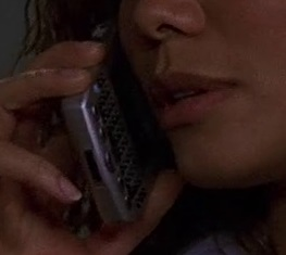 File:2x23 Carrie phone.jpg