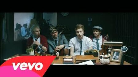 5 Seconds Of Summer - Good Girls (Official Music Video)