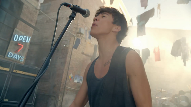 File:5 Seconds of Summer - She Looks So Perfect - 5 Seconds of Summer Wiki (54).png