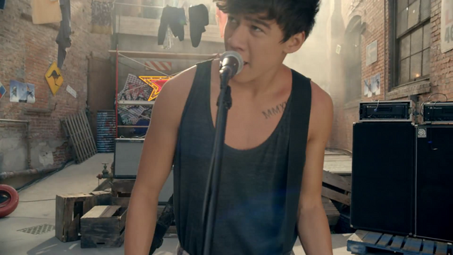 File:5 Seconds of Summer - She Looks So Perfect - 5 Seconds of Summer Wiki (9).png