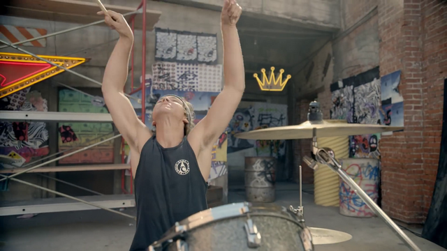 File:5 Seconds of Summer - She Looks So Perfect - 5 Seconds of Summer Wiki (50).png