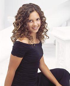 Mackenzie Rosman as Ruthie Camden
