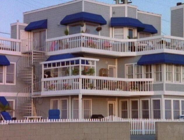 File:BHBeach House.jpg