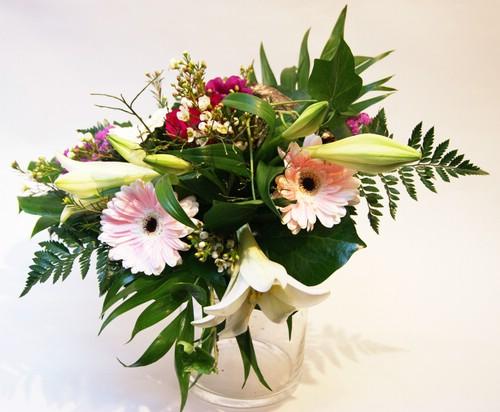 Datei:Blumenstrauß Pulchritudo.jpg