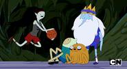 S5e14 Marceline holding basketball