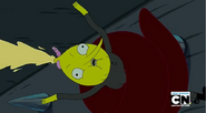 S5 e8 Lemongrab getting the juice squeezed out of him