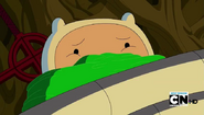 S5 E12 Finn watching with mouth covered