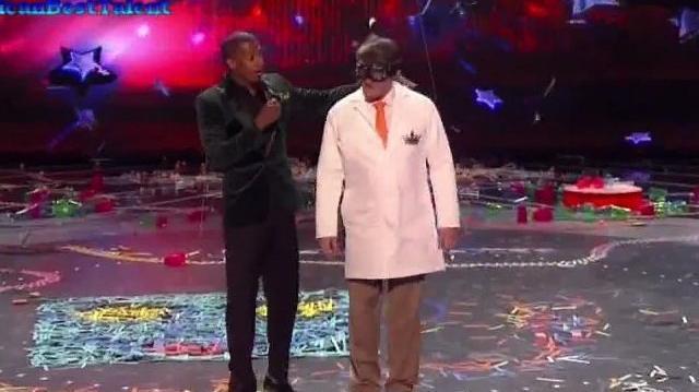 The Kinetic King, Top 48 (Q4) ~ America's Got Talent 2011 LIVE-0