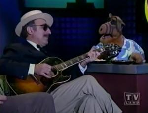 Leon Redbone singing with ALF