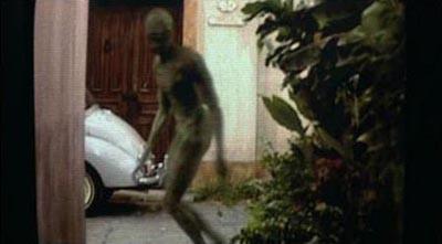 File:Signs Alien-3.jpg