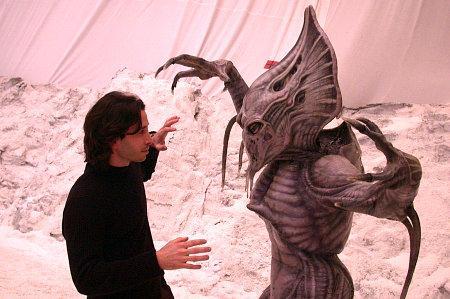 File:Alien Hunter.png