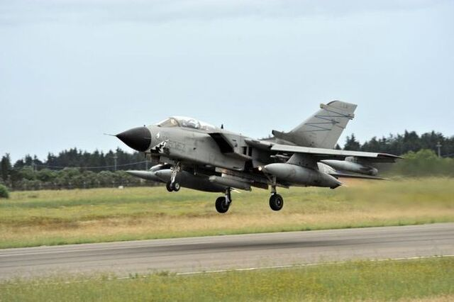 File:An Italian Tornado ECR fighter jet takes off from Souda Air Base during the Operation Unified Defender.jpg