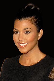 Kourtney Kardashian 2 2009
