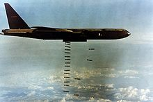 220px-B-52D(061127-F-1234S-017)