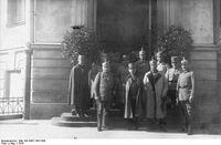 Bundesarchiv Bild 183-2007-1001-500, Warschaus Generalgouverneur in Lublin