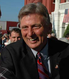 File:Mike Beebe.jpg