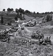 570px-Canadian forces Liri Valley May 1944