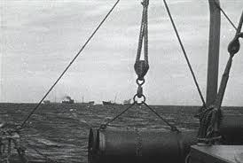 File:American ships towards europe.jpg