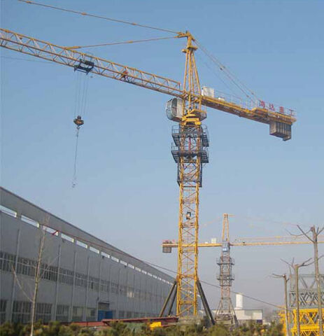 File:Tower-Crane-Qtz4810.jpg