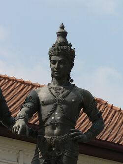 Suryavarmanstatue