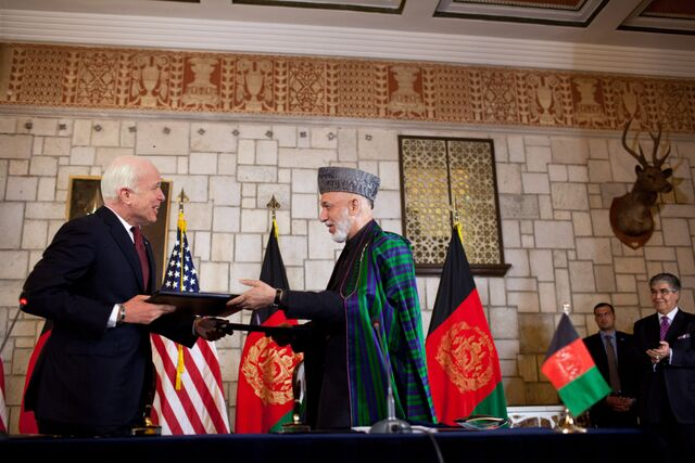File:John McCain Hamid Karzai signing strategic partnership agreement.jpg