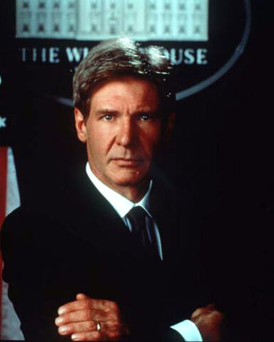 File:Harrison-ford-in-airforce-one.jpg