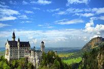 800px-Schloss-Neuschwanstein