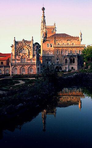 File:374px-Palacio Bussaco, Coimbra.jpg