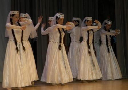 File:Armeniandance1.jpg