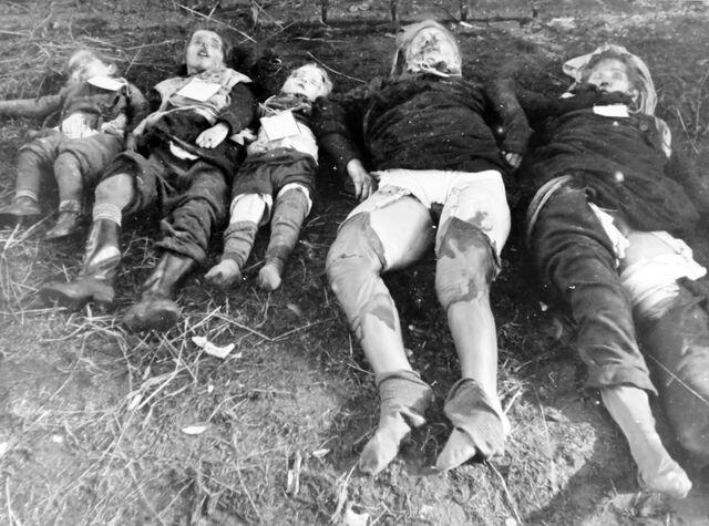 File:Germans killed by Soviet army.jpg