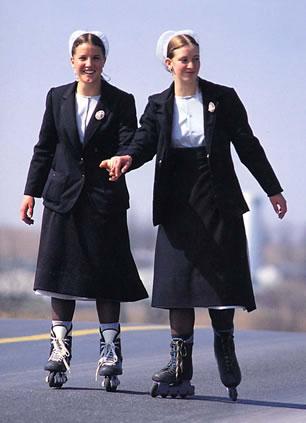 File:Amish girls half.jpg
