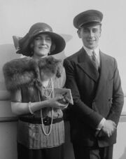 476px-Louis and Edwina Mountbatten 01