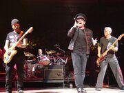 2005-11-21 U2 @ MSG by ZG