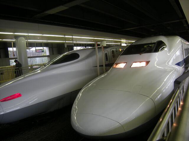 File:JR Shinkansen 700.jpg