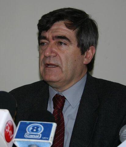 File:Senador-Escalona.jpg