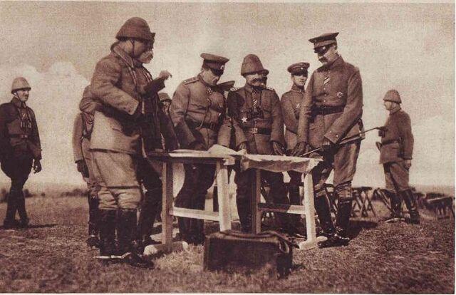 File:General Toshev and Hilmi Pasha.jpg
