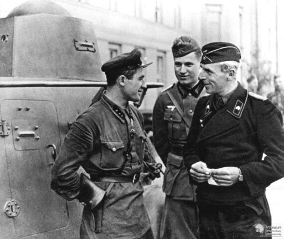 File:Germans and soviets.jpg