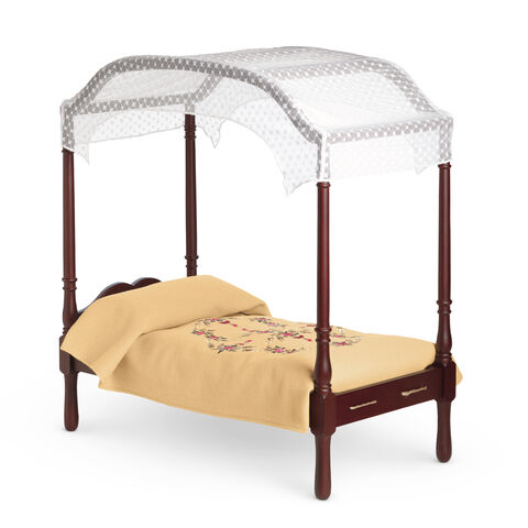 File:CarolineBedBedding.jpg