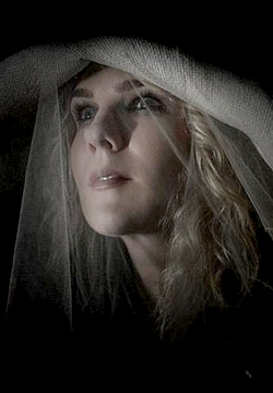 American horror story asylum 2x01 opening scene1489947839 - 3 9